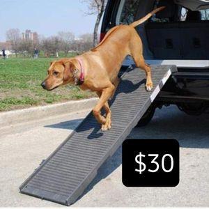 folding dog ramp - 500 lb limit for Sale in Las Vegas, NV