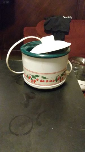Little Dipper crock pot for Sale in San Antonio, TX
