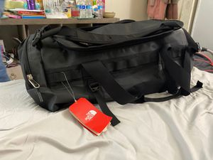 The north face medium base camp duffle bag for Sale in Oakland, CA
