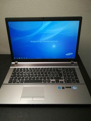 "Notebook Samsung 17"" inch for Sale in Miami Beach, FL"