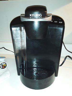  Keurig K-Classic K50 Single-Serve K-Cup Pod Coffee Maker for Sale in Cordova, TN
