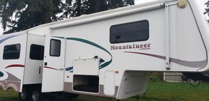 "34 ft Montana "" Mountaineer"" for Sale in Tacoma, WA"