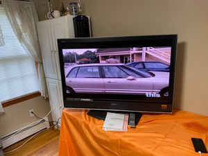 """Sony Bravia 46"""" tv for Sale in Sterling, MA"""