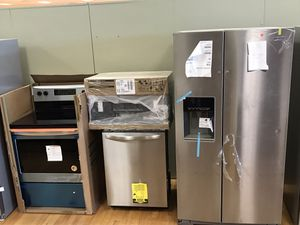 New Kitchen Appliances Set counter Depth refrigerator- stove - microwave & dishwasher 1 years manufacture warranty for Sale in Lake Worth, FL