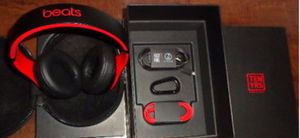 Beats studio 3 wireless headphones for Sale in Englewood, CO