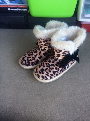Boots girls size 10 for Sale in Spokane Valley, WA