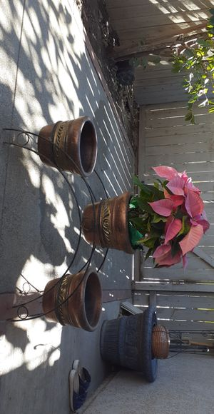 Flower pots/stand for Sale in Corona, CA