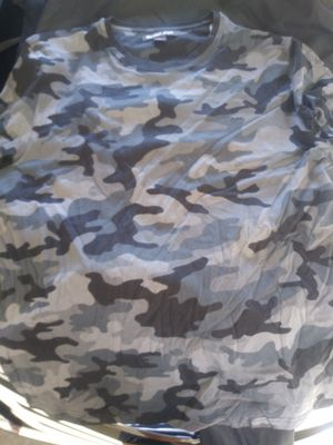 Michael Kors XL camo tee for Sale in Pittsburg, CA