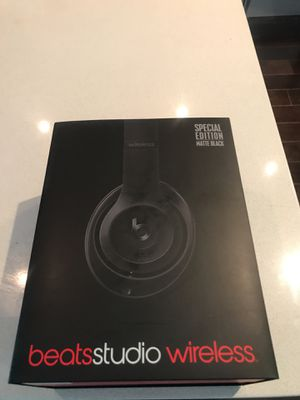 Beats Studio Wireless by Dr Dre. Special Edition Matte Black for Sale in Los Angeles, CA
