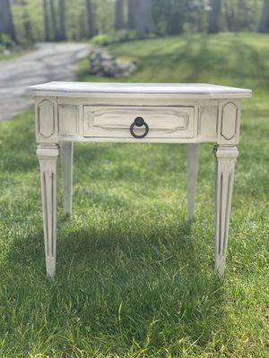 Two Refurbished Chalk Painted End Tables for Sale in Jefferson, NJ