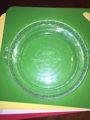 Pyrex 75 year Anniversary Glass pie dish pan for Sale in Chesterland, OH