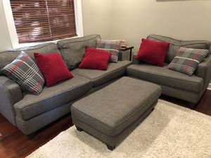 3 piece couch set with custom made throw pillows for Sale in Columbus, OH