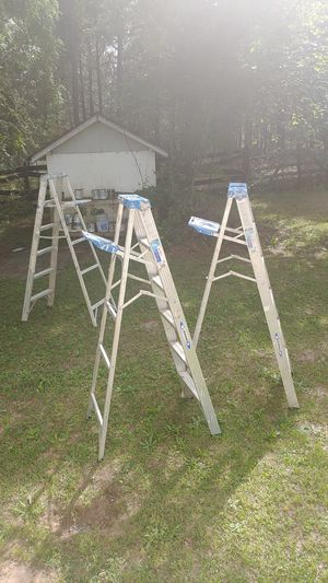 THREE 6-FT LADDERS for Sale in Lexington, SC