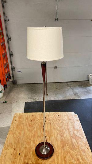 Floor standing lamp, 6' for Sale in Spring, TX