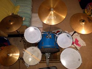 Drums set 9 pieces for Sale in Broadview Heights, OH