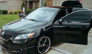 Urgent '07 Toyota Camry Color Black for Sale in Denver, CO