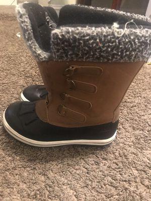 Girls boots for Sale in Warren, MI