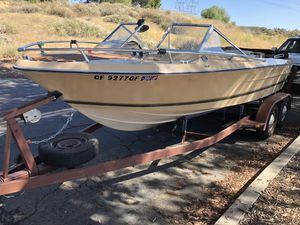 Century 200 Boat for sale for Sale in Porter Ranch, CA