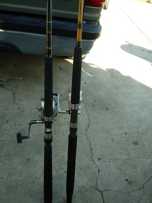 PEN & AGLY STICK FISHING POOLS 7FT .EXELENT CONDITION $145 FOR BOTH. for Sale in Jurupa Valley, CA