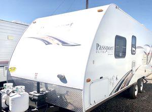 2014 Passport Ultra Lite 23ft Trailer Camper for Sale in Mesa, AZ