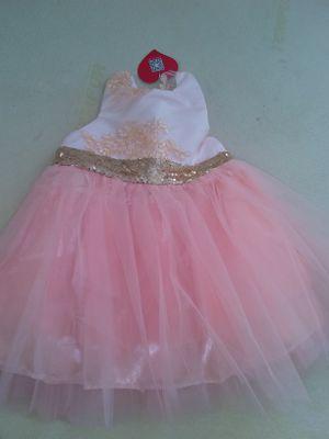Vestido nuevo for Sale in Manassas, VA