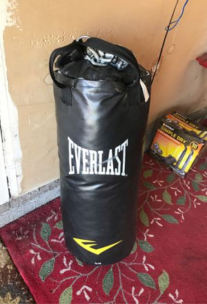 Everlast punching bag for Sale in Fairfield, CA