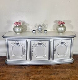 Pearl white and silver antique vintage dining room buffet dresser/credenza/sideboard/cabinet/console for Sale in Santa Ana,  CA
