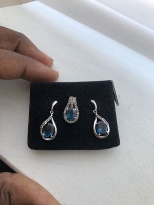 Diamond Necklace & Earrings for Sale in Los Angeles, CA
