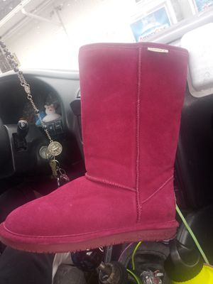 Bearpaw boots for Sale in Vancouver, WA