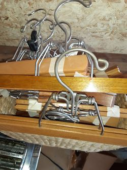 20 Wooden Pant Hangers for Sale in Adamsburg,  PA