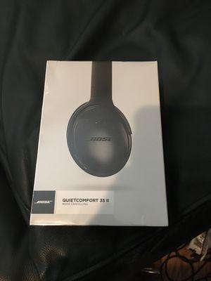 Bose Quiet Comfort 35 II wireless headphones UNOPENED for Sale in Bakersfield, CA