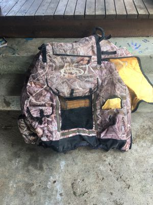 Duck dog kennel bag for Sale in Paron, AR