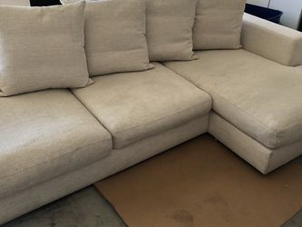 Modern Sofa With chaise for Sale in Las Vegas,  NV