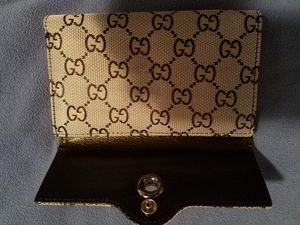 Gucci wallets and sunglasses for Sale in Rossmoor, CA