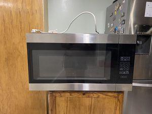 Whirlpool Microwave for Sale in Orange Park, FL
