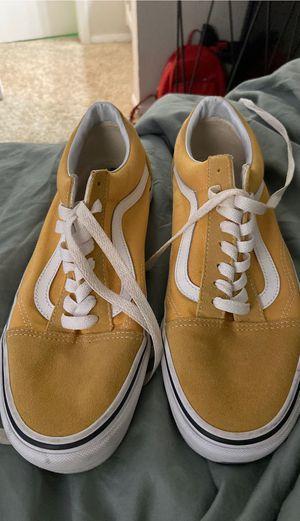 Yellow vans - size 9.5 in men's for Sale in Arlington, TX