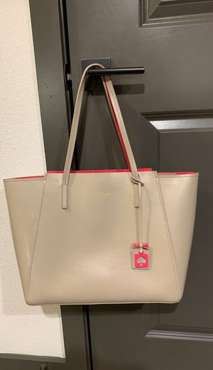 Kate spade cream purse for Sale in Benbrook, TX