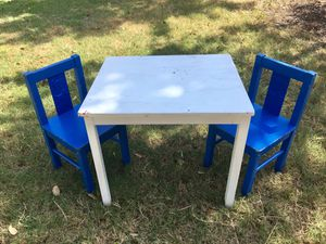 Kid's table and chairs for Sale in Austin, TX