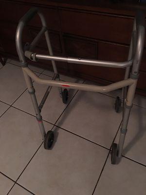 Four wheel walker for Sale in Deerfield Beach, FL