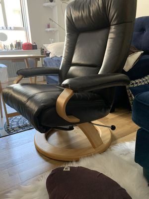 Lafer soft chocolate leather reclining chair for Sale in New York, NY