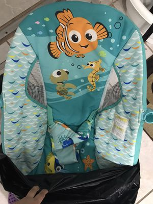 Mesedora de bebé sin casi uso for Sale in Hialeah, FL