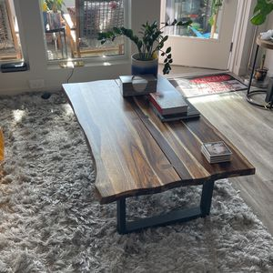 Wooden Coffee Table For Living Room for Sale in Los Angeles, CA
