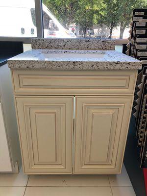 "Bathroom vanity cabinet 24"" for Sale in Houston, TX"