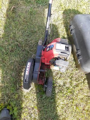 Troy-Bilt 4-stroke edger for Sale in Newport News, VA