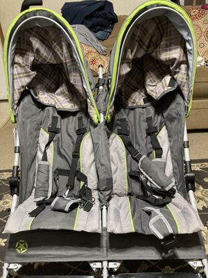 Double stroller for Sale in Taylors, SC