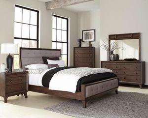 Bedroom set - 4 pcs for Sale in Miami, FL