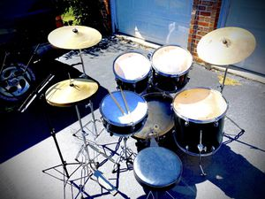 drums w/Zildjian/music stand $180 (read ad) for Sale in Bolingbrook, IL