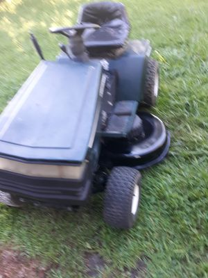CRAFTSMAN RIDING LAWNMOWER 16.5 HP BRIGGS AND STRATTON 46 INCH CUT for Sale in Virginia Beach, VA