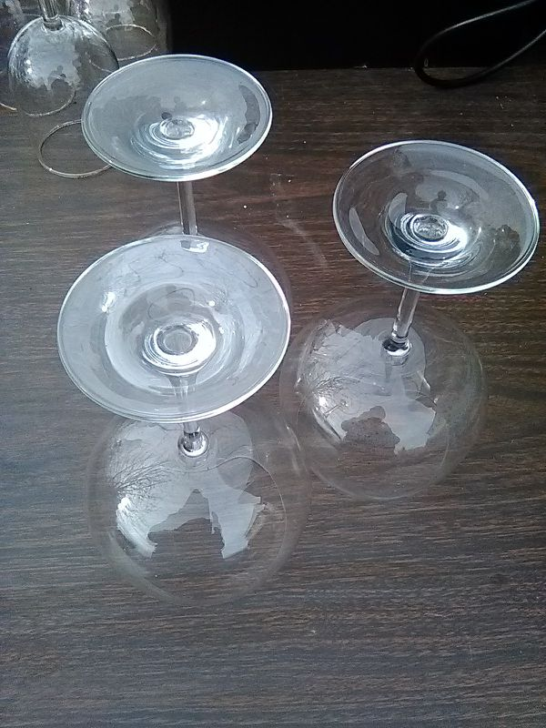 3 Large Wine Glasses
