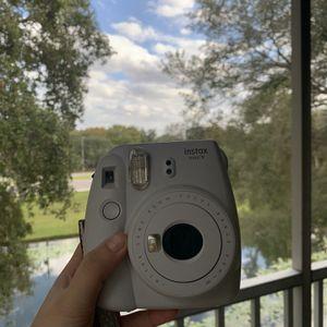 White Polaroid Camera for Sale in Tampa, FL